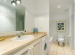 villa-andratx-bathroom-bath-liveinmallorca
