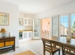 villa-andratx-house-interior-diningtable-liveinmallorca