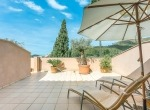 villa-andratx-house-terrace-sunbeds-parasol-liveinmallorca