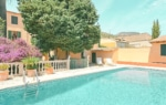 house with pool in Alaro