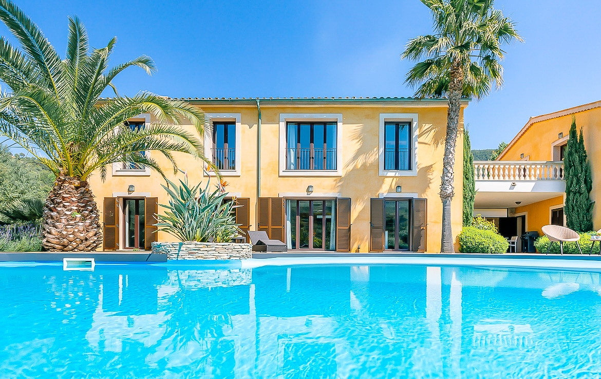 Villa in Andratx with a pool