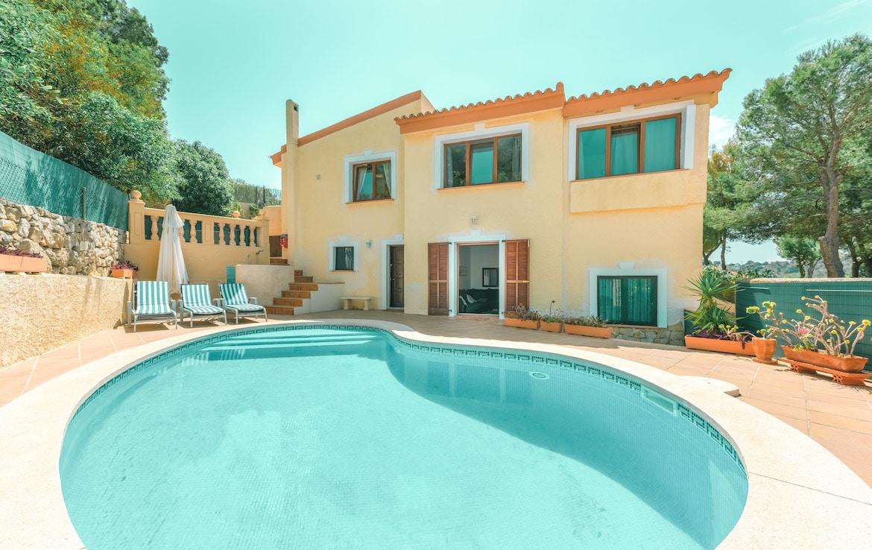 villa with pool in costa de la calma